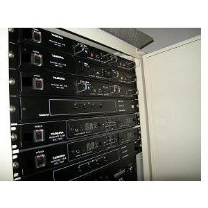 事例10 会議室でのワイヤレスマイクを含む放送システム